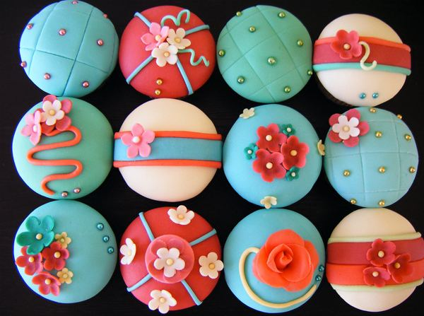 Cupcake Designs: Inspiration Designs from the Best Bakers