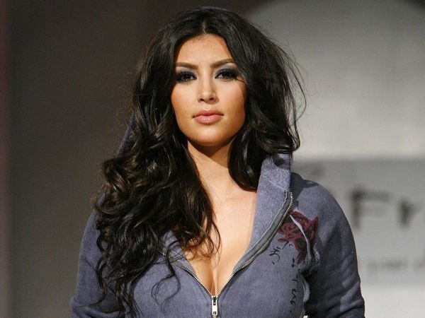 amazing_kim_kardashian_wallpapers_13