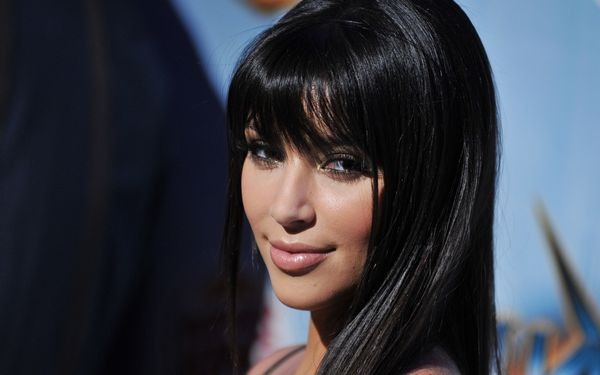 amazing_kim_kardashian_wallpapers_30