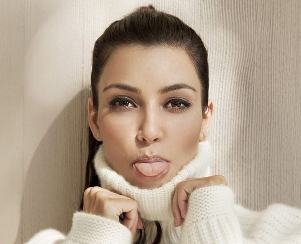amazing_kim_kardashian_wallpapers_9
