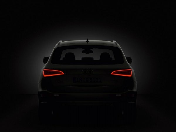 audi-q5-taillights-black-wallpapers